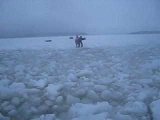 Ушел под лед