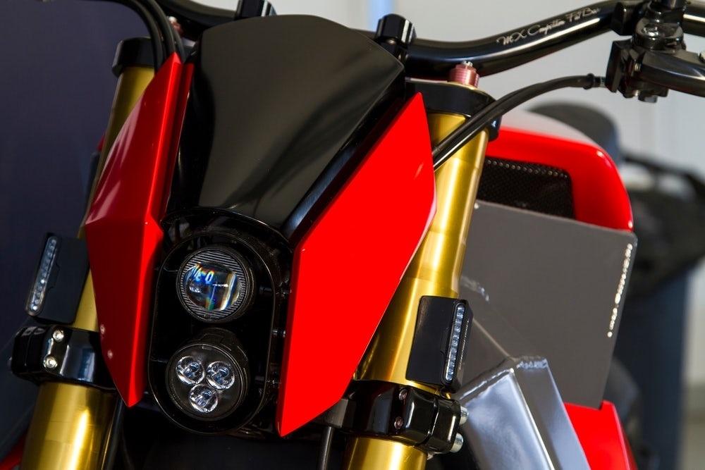 Прототип RMK E2 представят на мотошоу MP19 2019