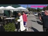 Video of Justin arriving at Patys Restaurant in Toluca Lake, California (October 17)