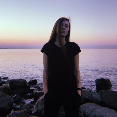 Дарья Лопатина