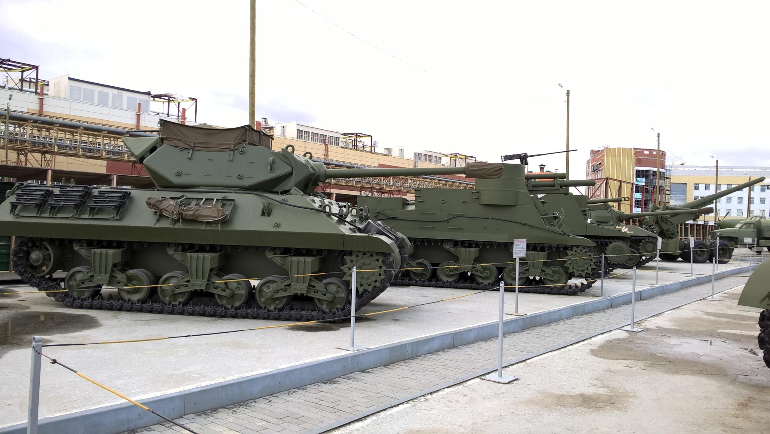 английская военная техника в музее в Верхней Пышме