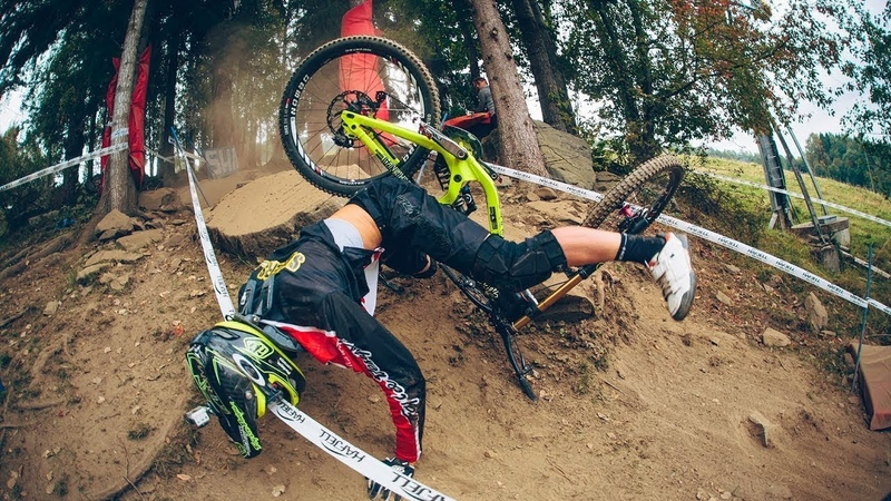 Crazy Insane Downhill Fails MTB Compilation