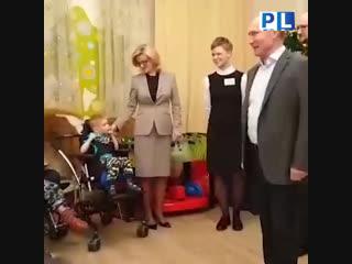 Путин приехал в хоспис в канун Рождеством