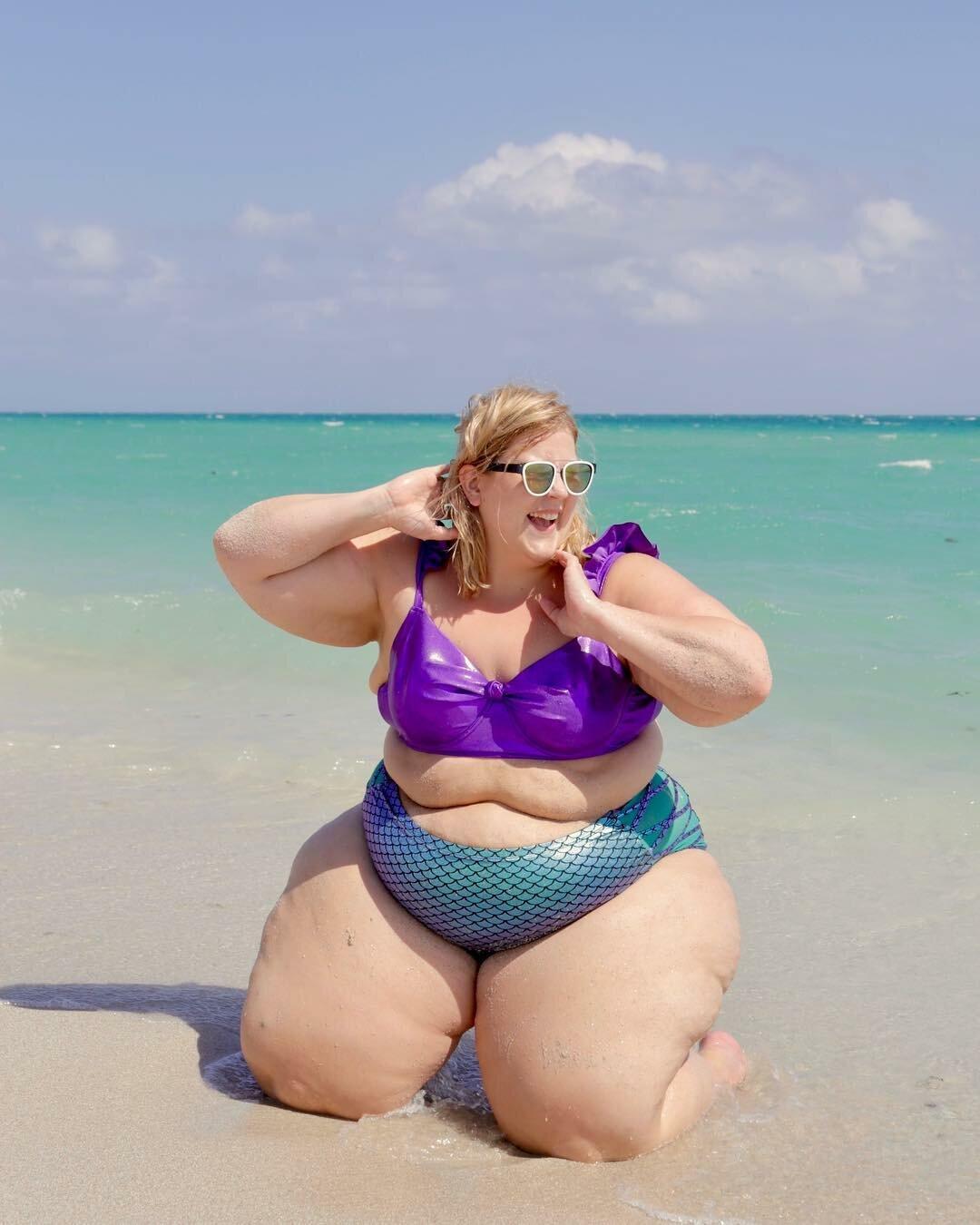 ceTRZxOwnlw - Модная модель Gillette Venus: бодипозитив или пропаганда ожирения