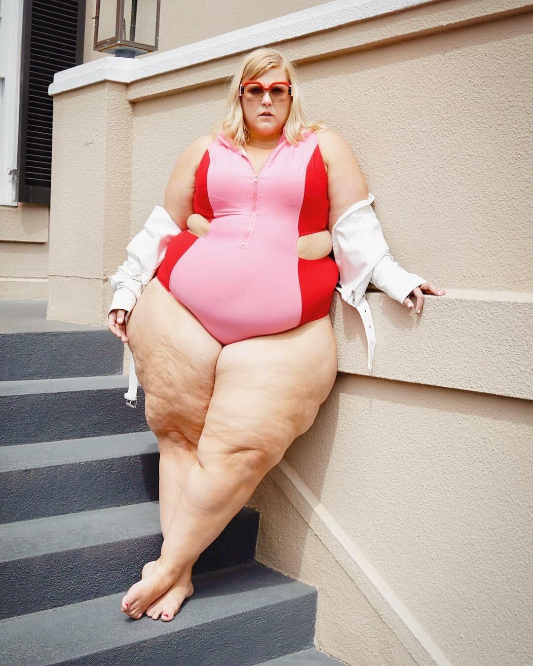 oplNXKY d88 - Модная модель Gillette Venus: бодипозитив или пропаганда ожирения