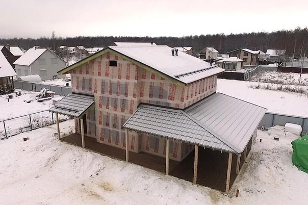 Дом в Синявино, видео о котором выкладывали немного ранее, построен. Фото процесса, планировки, планирующийся внешний вид: