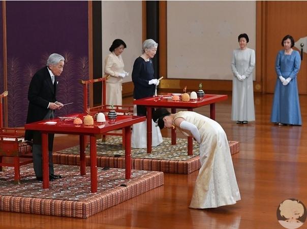 В Японии стало на одну принцессу меньше (и на одну счастливую девушку больше)