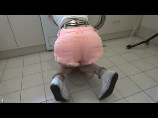 Cobie - laundry slave
