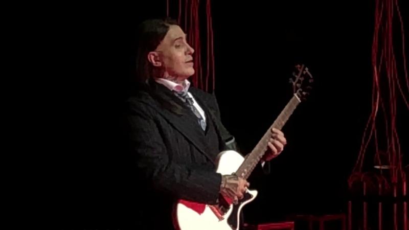 Erwin Schrott Vous qui faites l'endormie from Gounod's Faust