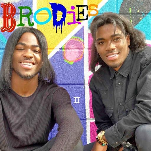 The Twins альбом Brodies