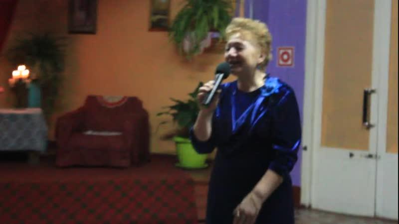 Лидия Урих с романсом В лунном сиянии (Е.Юрьев- А. Чернявский)