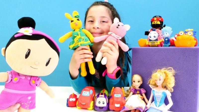 Çizgi filmi. Şila eski oyuncaklarından Oyuncak müzesi yapıyor