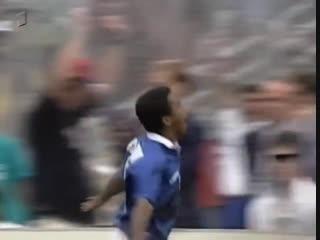 ЧМ-1994. Ромарио (Бразилия) - мяч в ворота Нидерландов