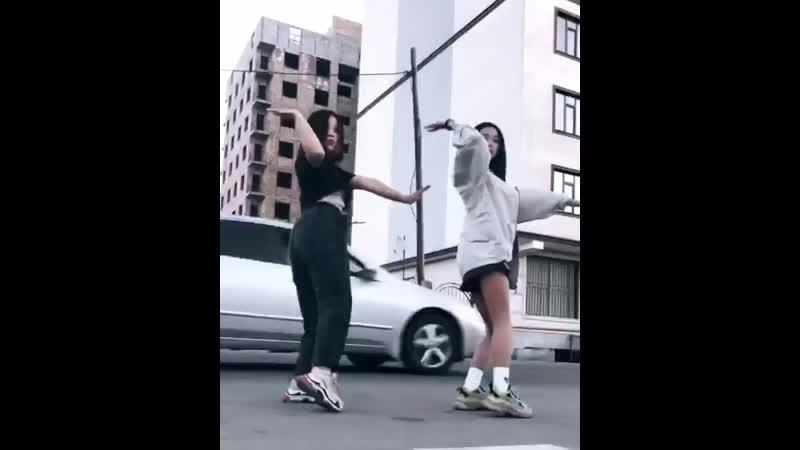 Танец от вашей азиаточки