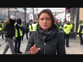 В Париже продолжаются протесты