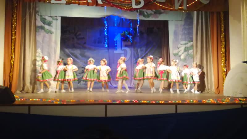 Танец Весенний хоровод