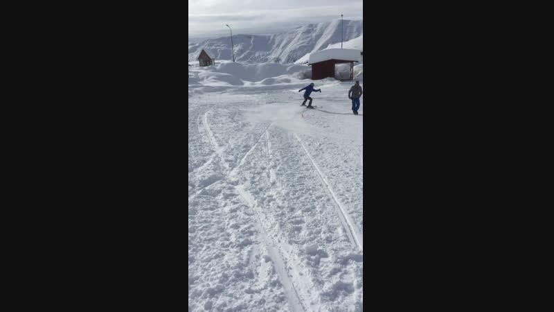 Skiing in gudauri - кататься на лыжах в гудаури