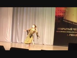 Ярослава Евдокимова на @bellydanceliga в Рязани. 1 место фольклор беби.