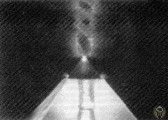 Над египетскими пирамидами внезапно возникло аномальное сияние