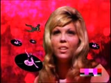 Audio Bullys feat Nancy Sinatra - Shot You Down (HQ)