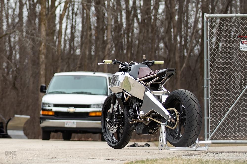 Кастом Yamaha MT-07 The Omen
