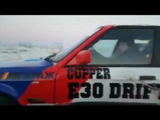 Зимний близкий дрифт от e30driftteam