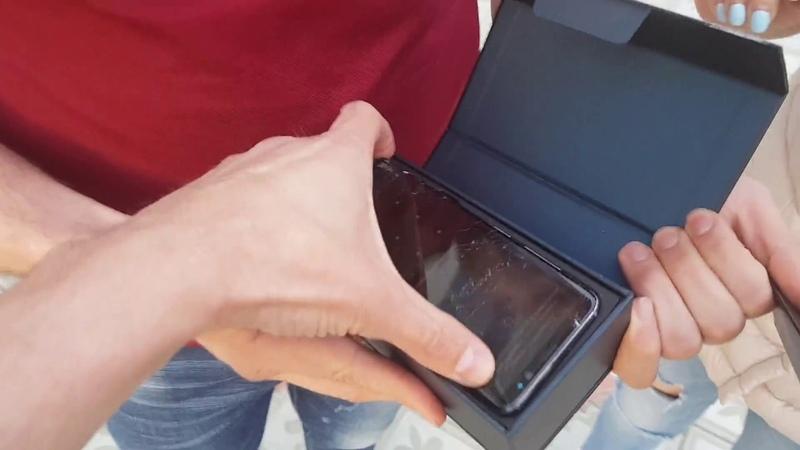 Девушка разбила подарок Samsung GALAXY S8😱😬 [18] iPhone🤣