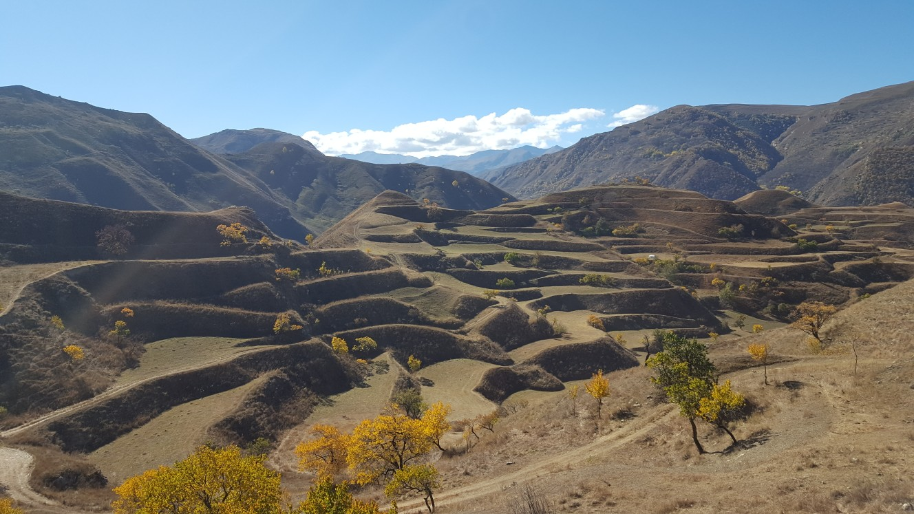 Дагестан: горы и люди. Гамсутль, Дербент, Кубачи