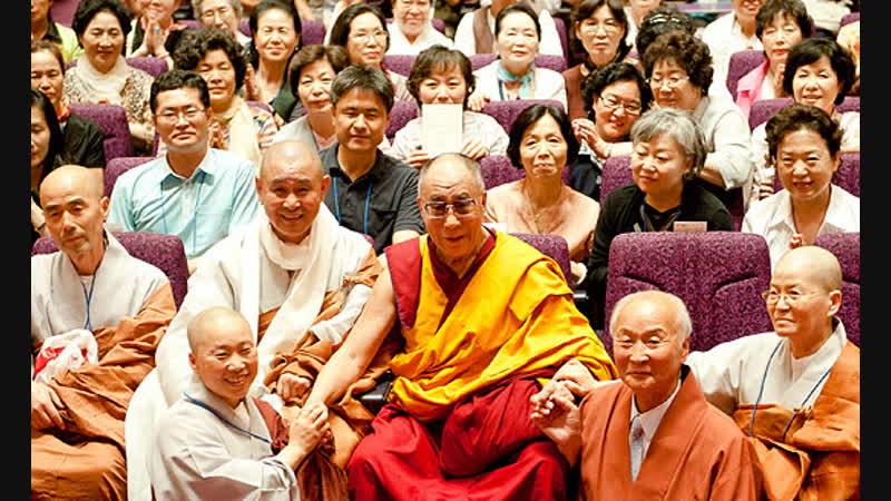 Учения Его Святейшества Далай-ламы в Йокогаме - день 1