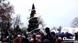 Odessa1.com - На Думской площади зажгли Новогоднюю ёлку