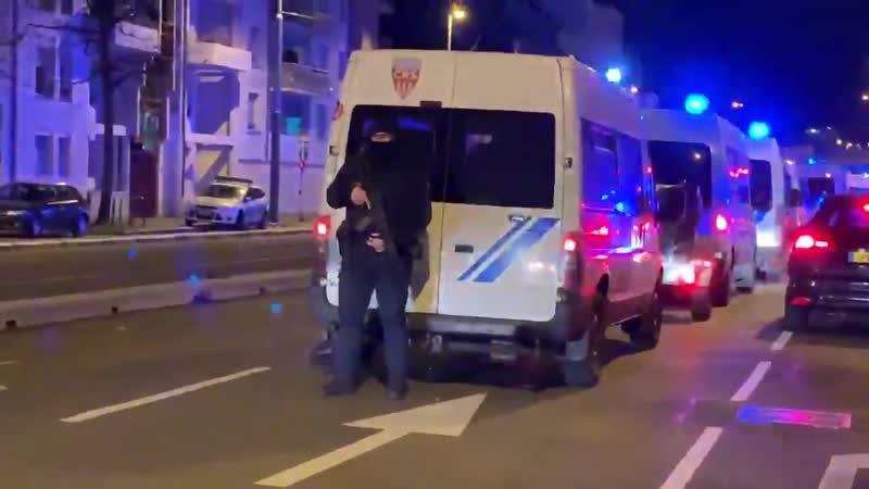 СМИ со ссылкой на источники в МВД Франции сообщают о ликвидации террориста Шарифа Шеката устроившего стрельбу в Страсбурге вчер