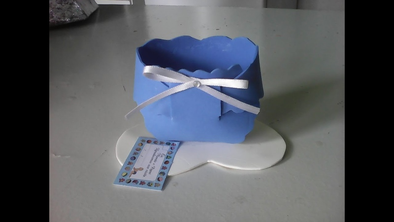 Lembrancinha de chá de bebê em eva fácil,fraldinha em eva fácil,decoração,artesanato