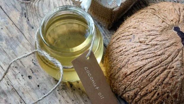 Кокосовое масло от растяжек: помогает лил нет, как применять