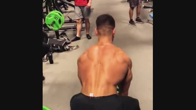 Сделай себе мощную спину