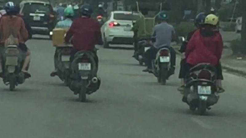 An brothers TV - 101 kiểu độ xe máy chống nắng chỉ có ở Việt Nam