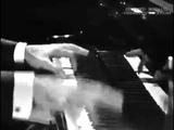 Gilbert becaud - le pianiste de varsovie