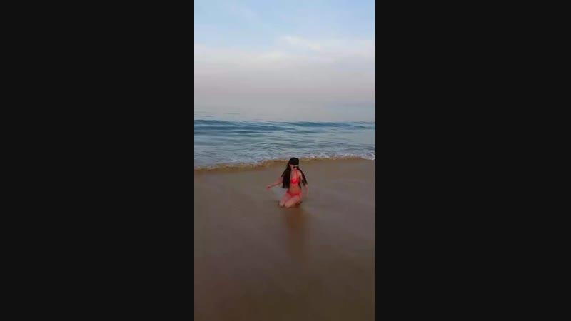 Тайланд. Пхукет. Пляж Карон. 6:00 утра солне встает, а я уже купаюсь😎😊🍹🌴🌵🌴☉