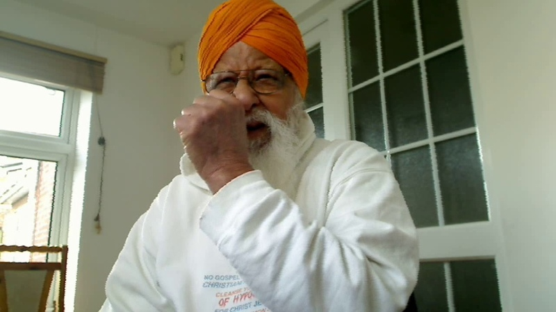 Punjabi - Satguru Amar Dev Ji stresses that go for His Word and not for useless and troublesome