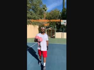 ScHoolboy Q вызывает Wiz Khalifa на боксёрский поединок