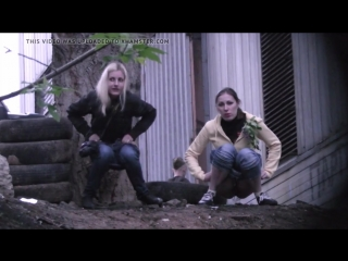Another_blonde_and_brunette_pissing_together_720p