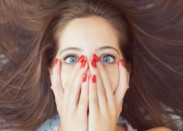Британские ученые заявили, что лесбийские наклонности можно вычислить по пальцам рук Новое открытие британских ученых заставит всех женщин немедленно посмотреть на свои руки. Все дело в том, что