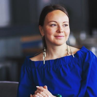 Анна Караванова
