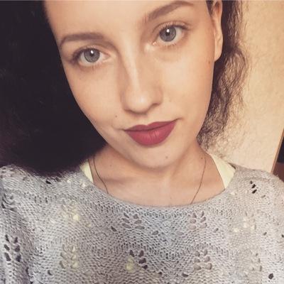 Анютка Серова