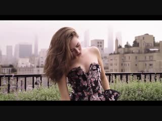 Alycia Debnam-Carey Models CHANEL Fall 2018 Couture