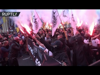 В Киеве прошел многотысячныи марш националистов