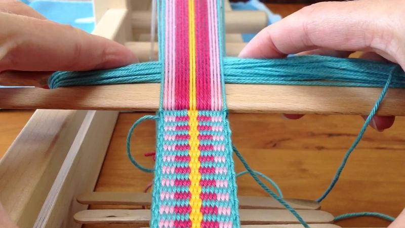 Plain Weaving. Shoulderstrap for Mochila bag Schouderband voor Mochila tas.