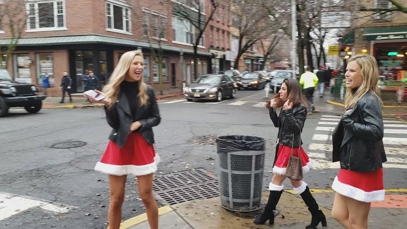 Пьяные Санта Клаусы бегают по Хобокену