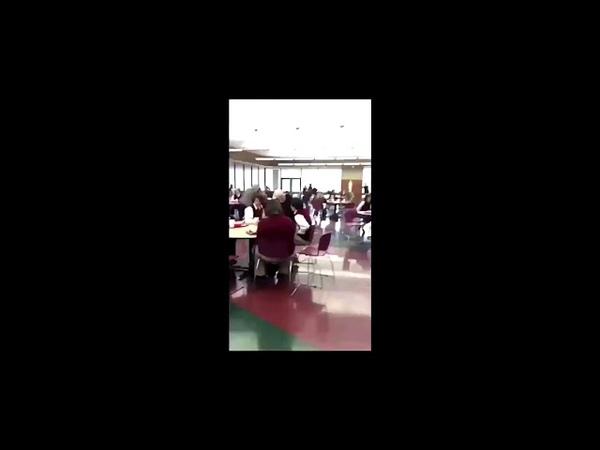 Un étudiant à mit du laxatif dans le petit déjeuné des élèves et ça part au drame