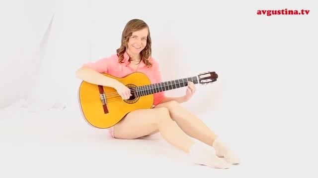 Avgustina plays guitar fast
