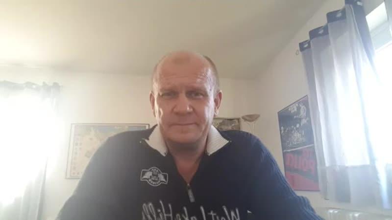 C Wolfgang Jahn.21.11.2018...Macron - Mittelschicht - Häusliche Gewalt, es hört nicht auf. Bleibt stark